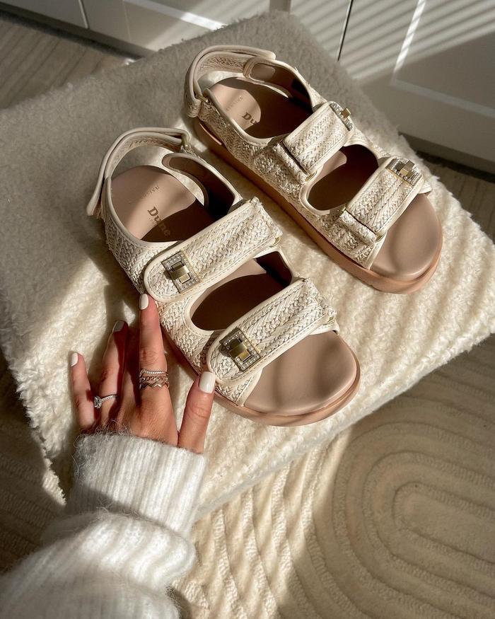 Dune Summer Sandal Trends: Katie styling Dune's Lockstockk Double Strap Flat Sandals in Natural