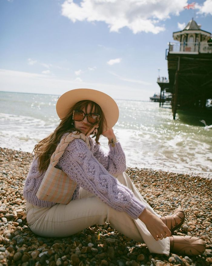 what to wear to the British seaside: cable knit and white jeans