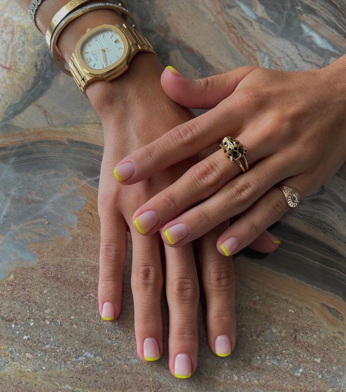 Colourful French manicures: Fluro tips