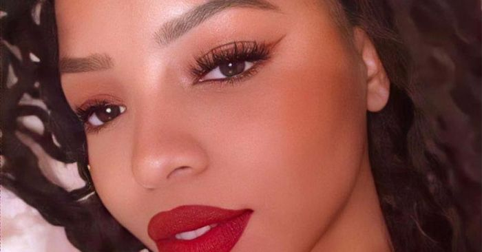 7 Details No One Tells You About Getting Eyelash ...