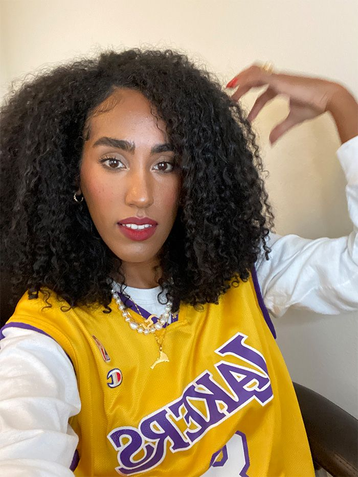 Curly hairstyles for summer 2021: wash 'n go