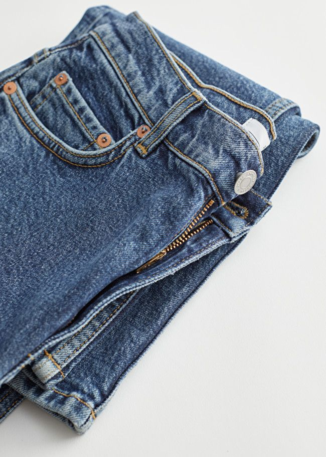 K-Mids Just Wore an Amazing Pair of Jeans—and They're & Other Stories