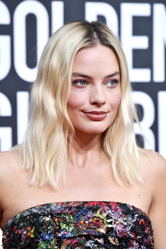 Margot Robbie fine hair