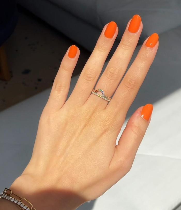 Cute Nail Colors: Tangerine