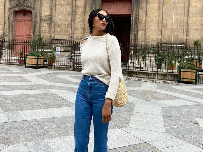 These 5 Simple Shoes Look the Chicest With Flare Jeans