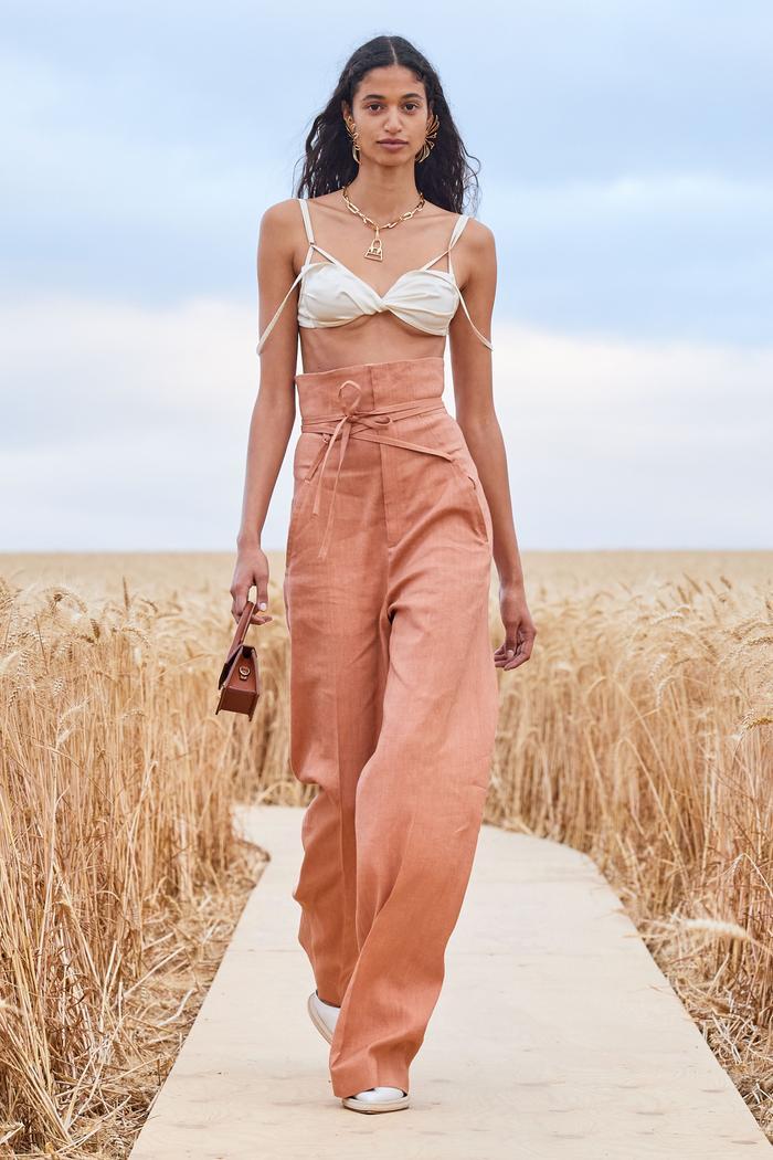wide-leg linen trousers: jacquemus runway s/s 2021