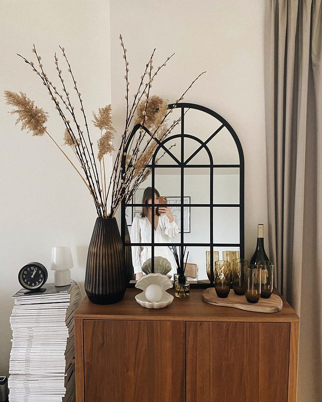 Marks & Spencer Home Decor: @bubblyaquarius styles a Marks & Spencer mirror on her teak sideboard