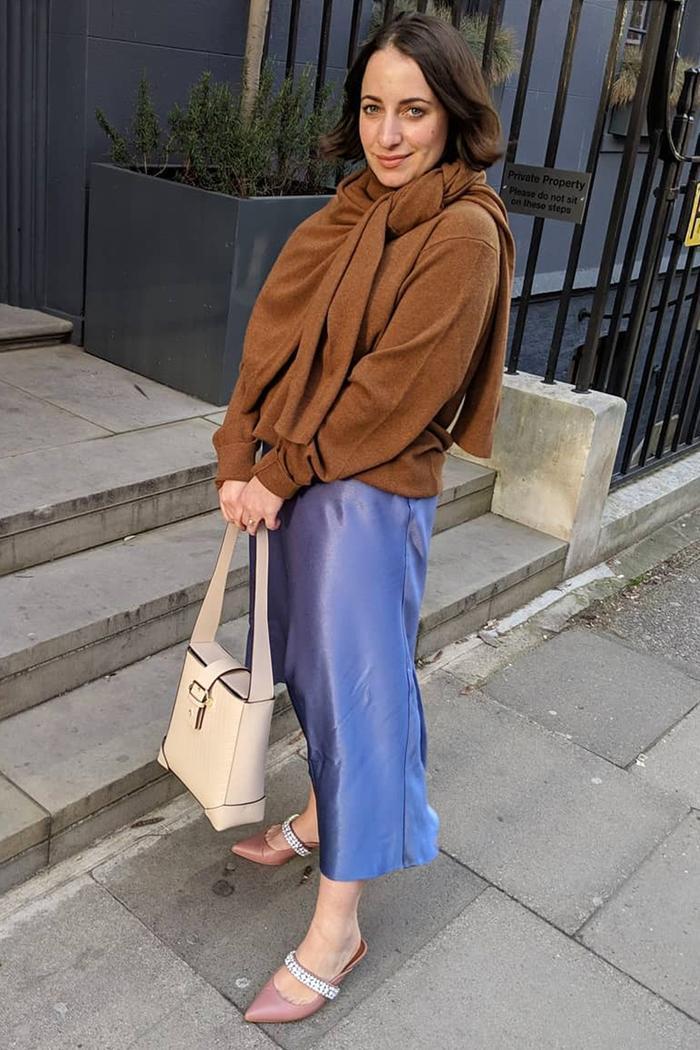 Timeless fashion trends: Slip skirts