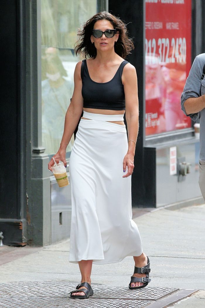Katie Holmes cut-out trend