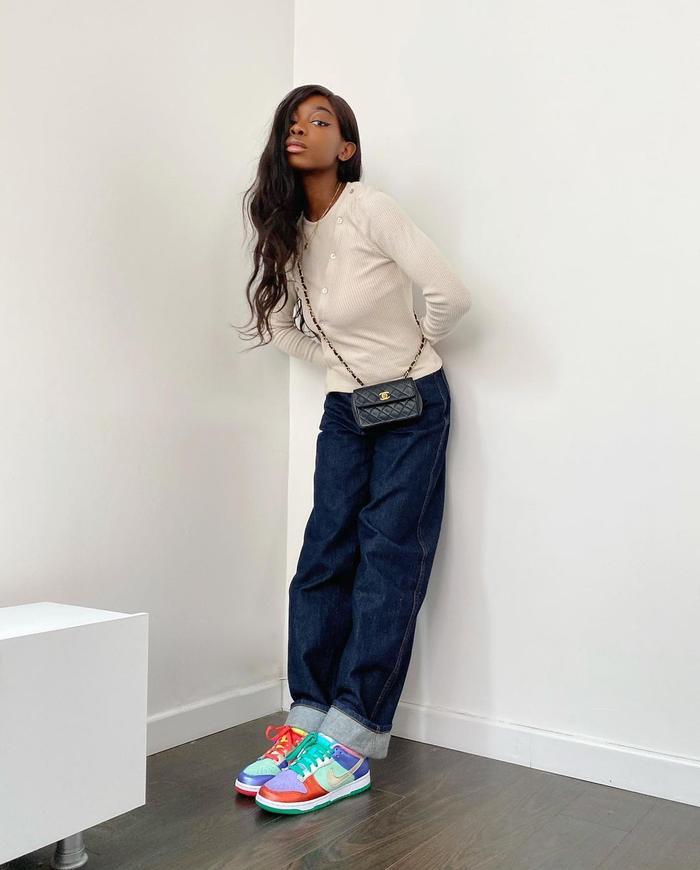 The best fall denim trend of 2021: dark jeans