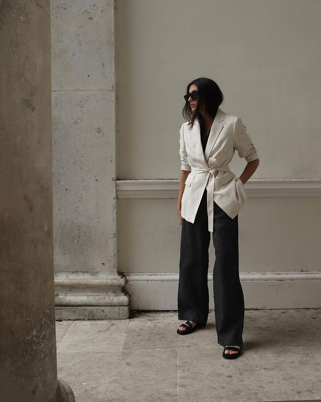 Marks and Spencer Autumn 2021: @y.a.t.r.i wears a Marks & Spencer blazer and trousers