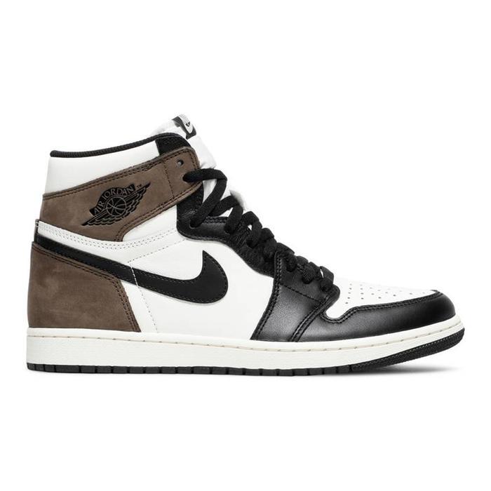 Nike Air Jordan 1 Retro High OG in Dark Mocha
