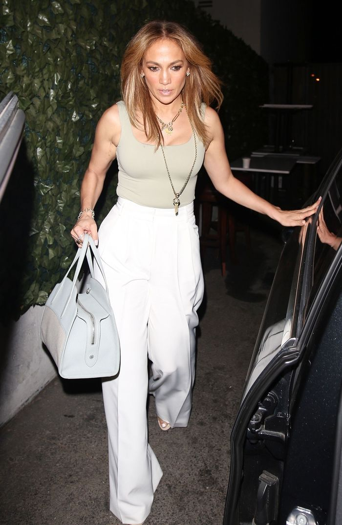 Jennifer Lopez and Ben Affleck photos of date night outfits