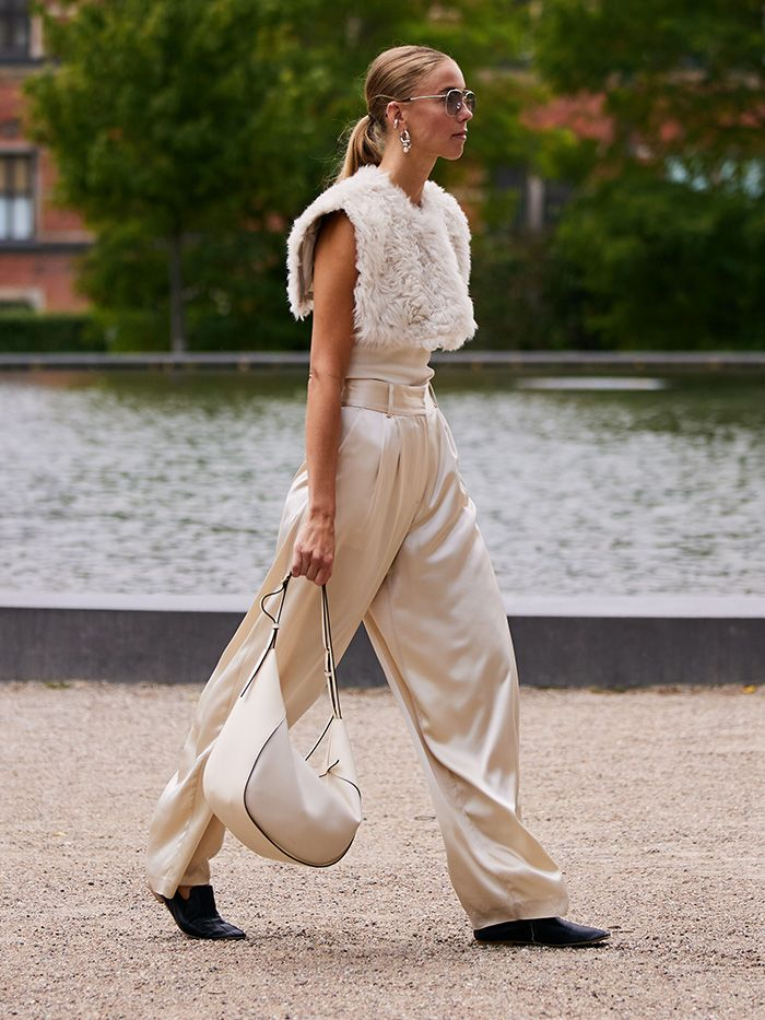 Shoes to Wear With Wide-Leg Trousers: Flats