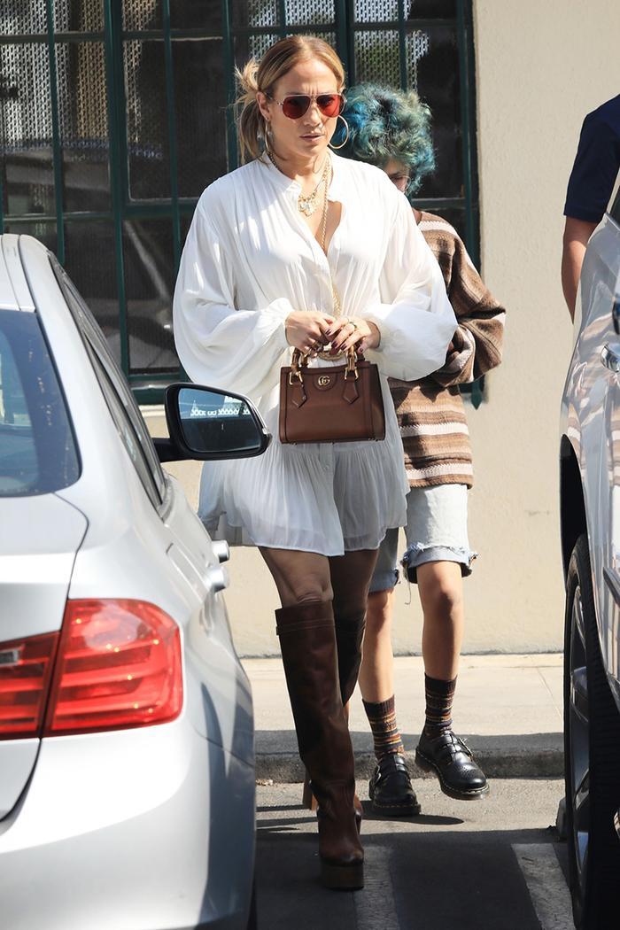 Jennifer Lopez Gucci bag