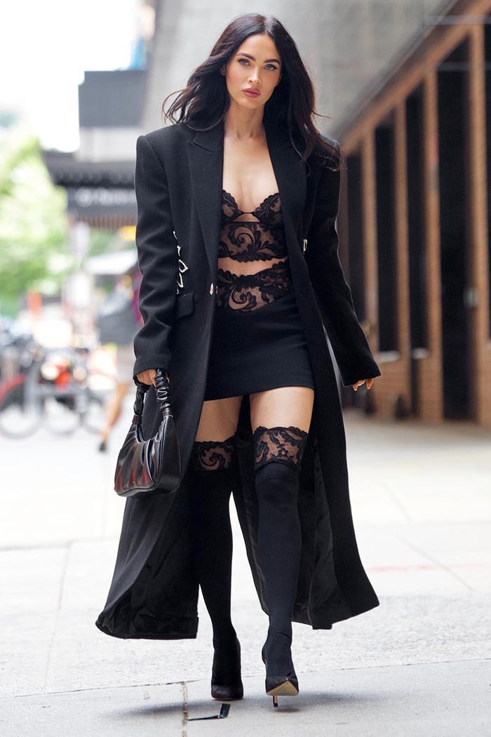 Megan Fox Amazon Handbag JW Pei