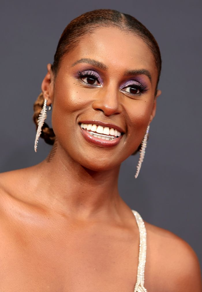 Every Product Used to Create Issa Rae's Emmys Beauty Look