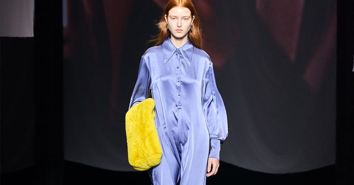 5 Pieces I'm Now Obsessing Over After Cos's London Fashion Week Show