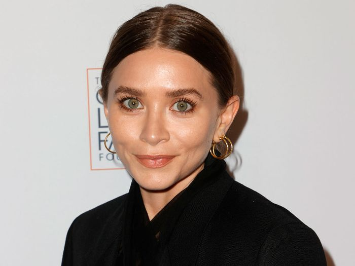 Ashley Olsen and Her Boyfriend Just Made Their Stylish Red Carpet Debut