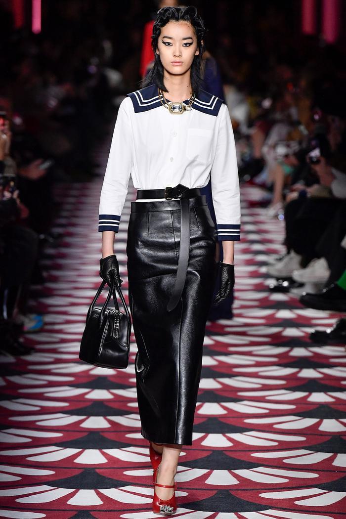 Sailor collar fashion trend