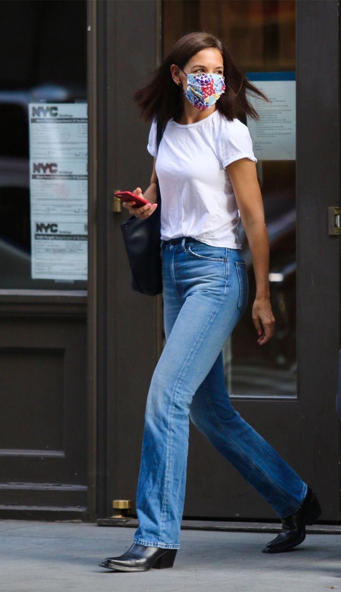 Katie Holmes simple outfit