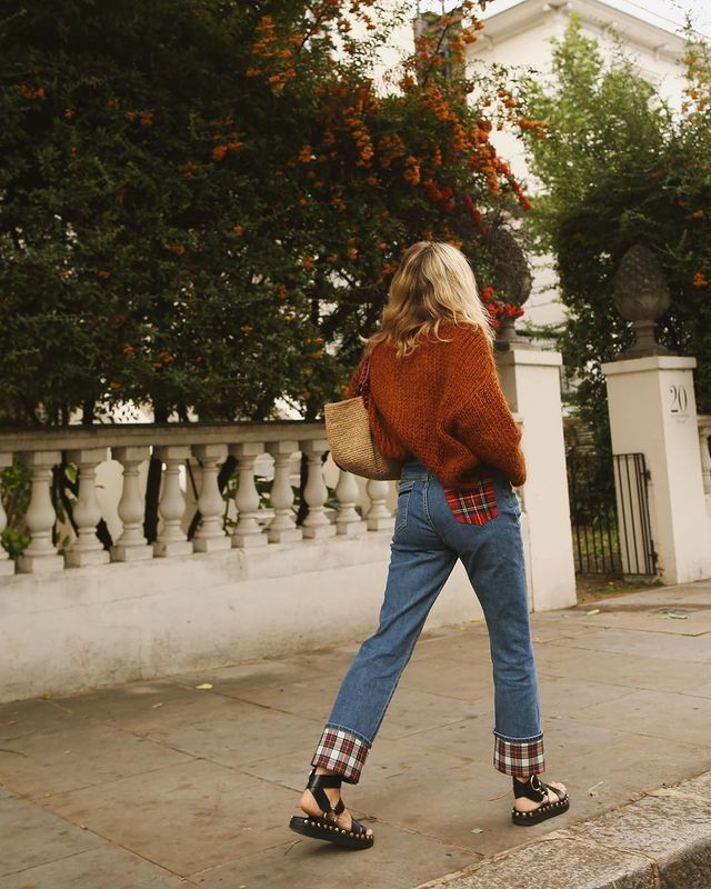 Tartan Outfits: @lucywilliams02 wears tartan-trimmed jeans