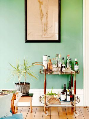 5 Bar Carts That Will Basically Turn You Into a Mixologist