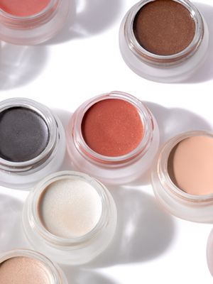 The Difference Between Natural, Organic, and Synthetic-Free Beauty Products