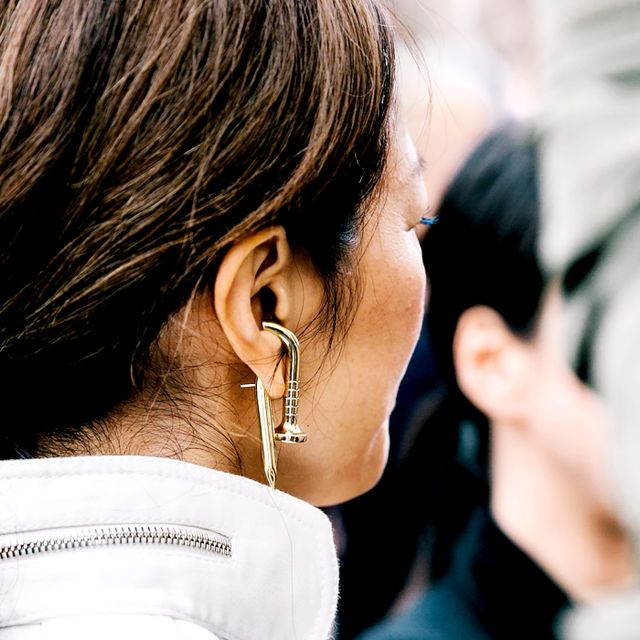 Double-Sided Earrings: The Must-Try Jewelry Trend