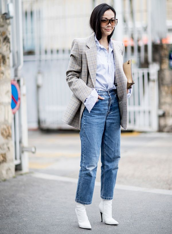 how to wear boyfriend jeans with the military trend
