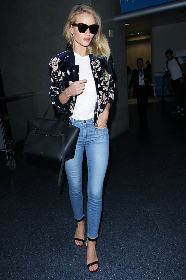 rosie huntington-whiteley skinny jeans strappy heels