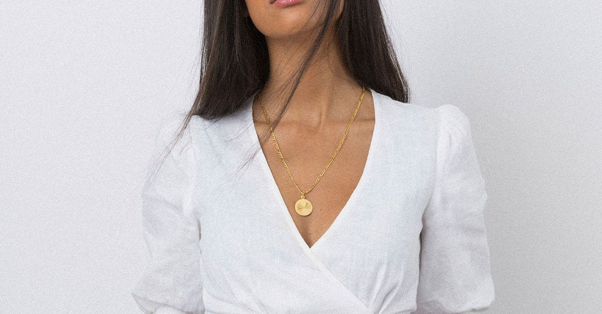 13 Cool Brands for Minimalist Jewelry | WhoWhatWear