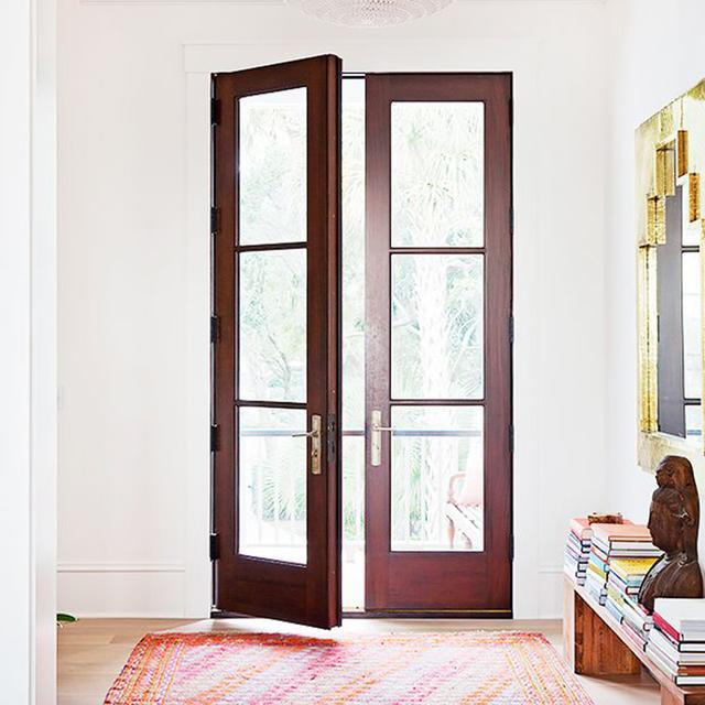 Exclusive: Tour Country Star Darius Rucker's Charming Charleston Home
