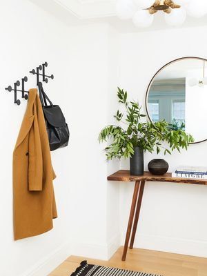 Make a Grand Entrance With These Stylish and Functional Foyer Décor Must-Haves