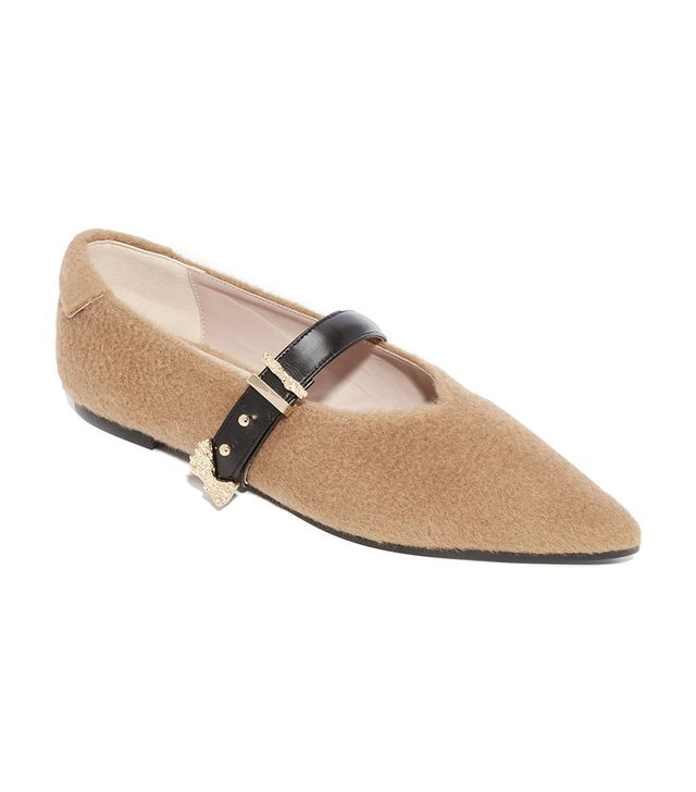 Pointed Buckle Flats
