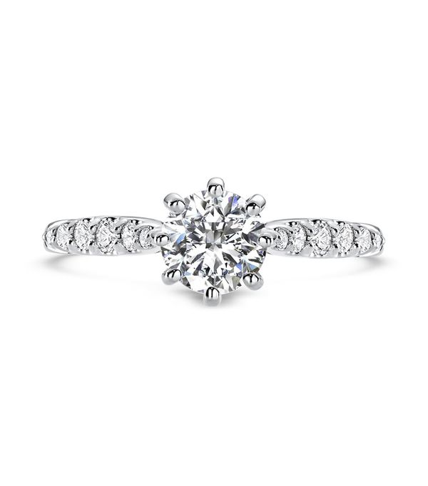 Eight-Prong Tapered Diamond Engagement Ring