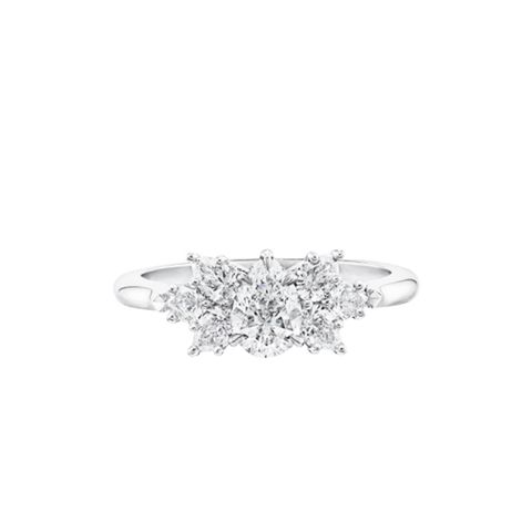 Pear-Shaped Cluster Diamond Engagement Ring