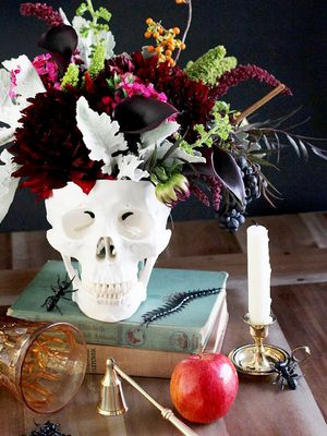 15 Stylish Halloween Décor DIYs From Pinterest