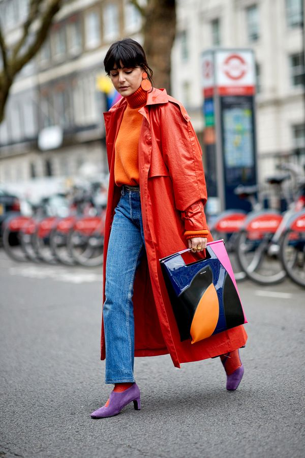 Embrace the Right Trends From avoiding a particularly tricky print to knowing the right silhouettes to stock up on, dressing for your height comes down to a simple set of fashion guidelines. To...
