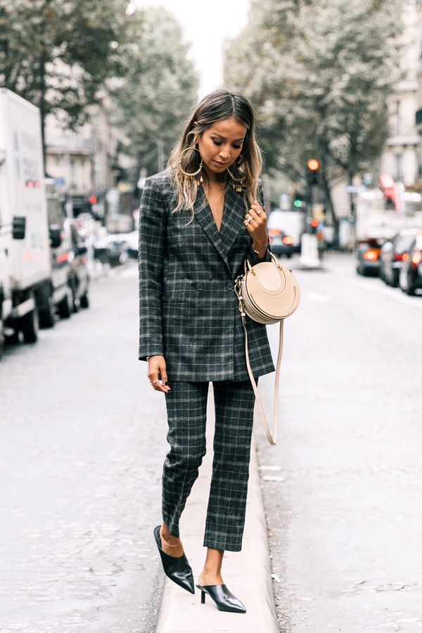 Shop for the Right Shoes It pretty much goes without saying, but investing in key shoe styles is crucial for everyone. For women with shorter figures specifically, there are just a few tips to...