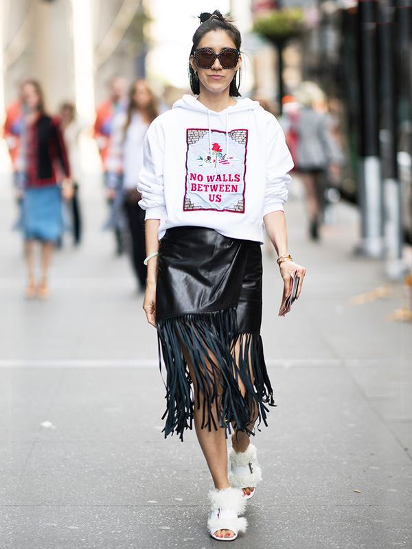 fringe skirt street style