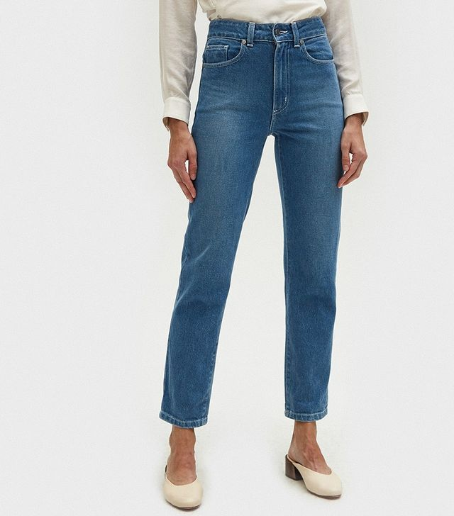 Need Cousin Fit Jeans in Isla