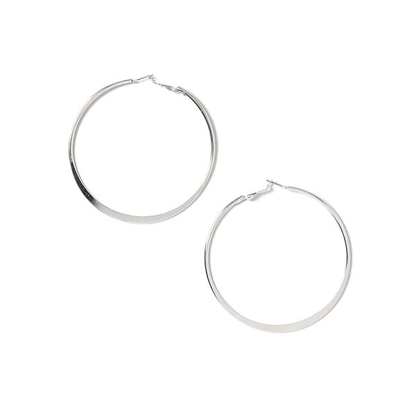 how to layer jewelry -  topshop hoop earrings