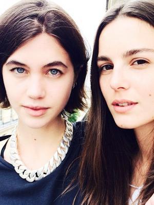 How L.A. vs. New York Girls Do First-Date Makeup