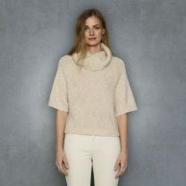 Club Monaco  Ilaria Cashmere Turtleneck