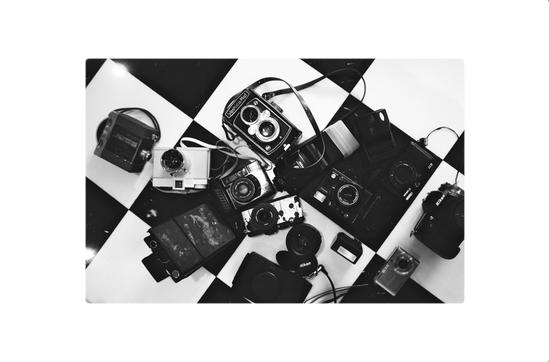 Uplo Cameraderie by Sketch42