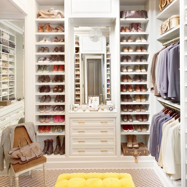 Step inside a fashion blogger 39 s chic office closet mydomaine for Rachel parcell closet