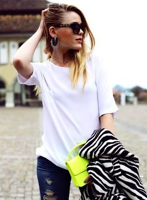 11 Ways To Wear A Neon Yellow Bag