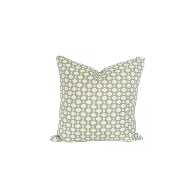 Arianna Belle Betwixt Pillow