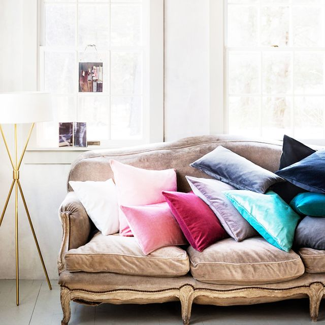 The Best Places to Buy Throw Pillows Online